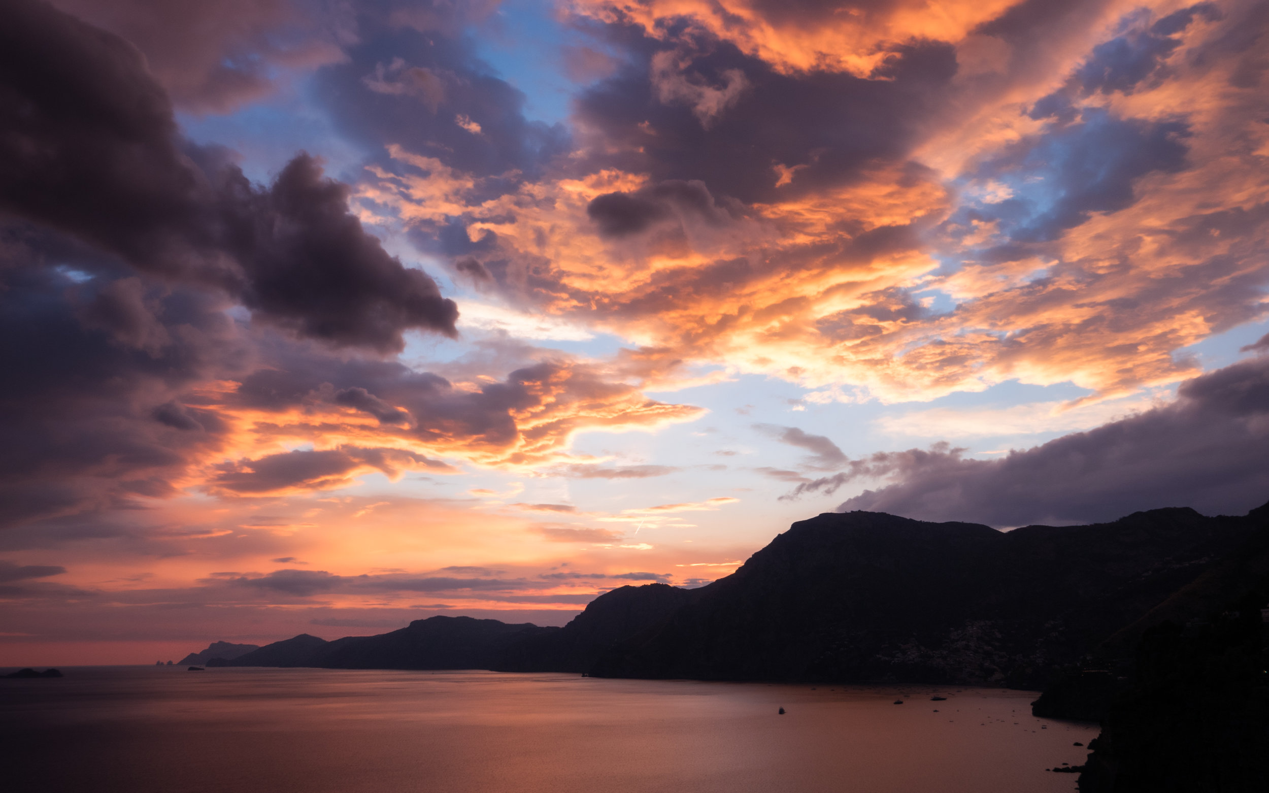 Italy-Praiano-sunset-golden-clouds.jpg