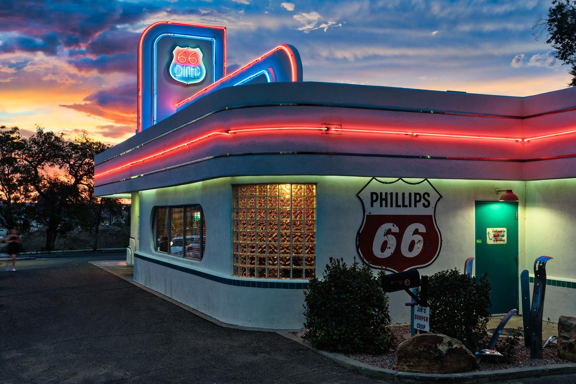 NM-Rt66-ABQ-66-Diner-sunset-HDR-1a.jpg