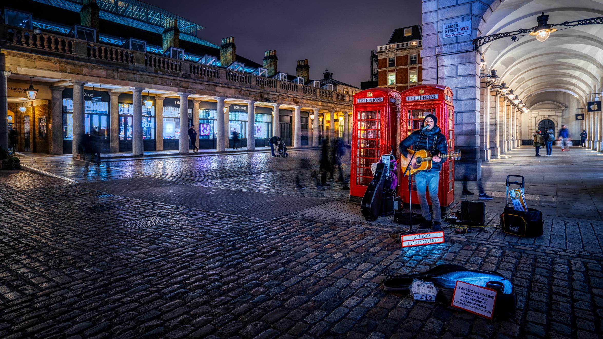London-Covenbt-Garden-musician.jpg