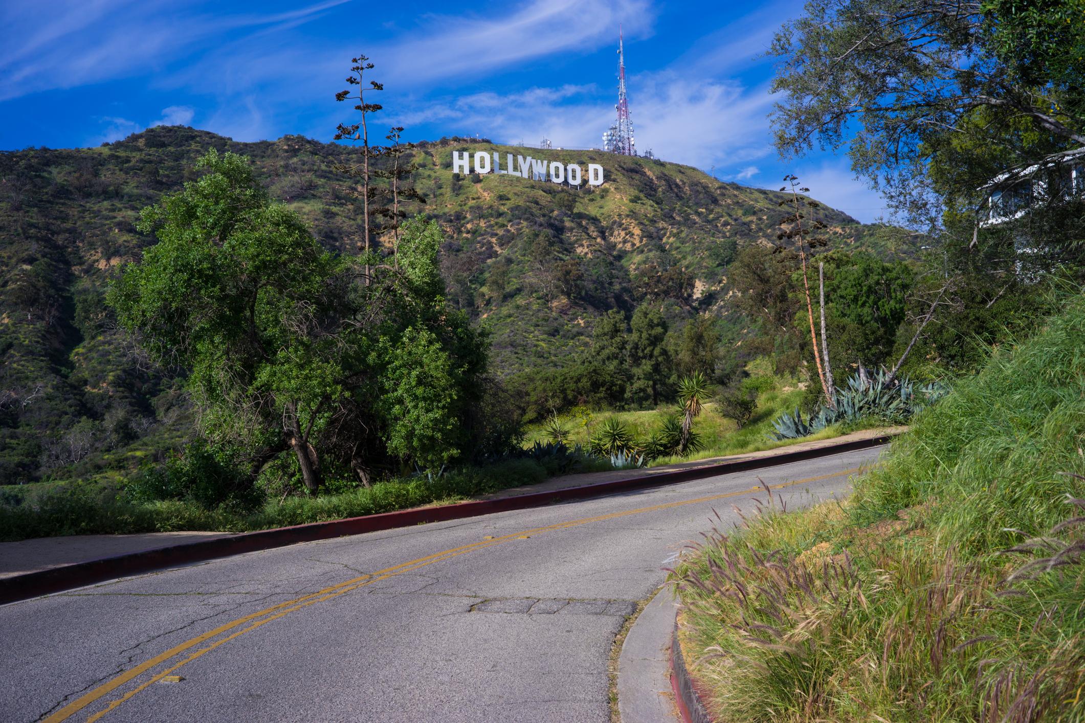 LA-Hollywood-sign-road-shot.jpg