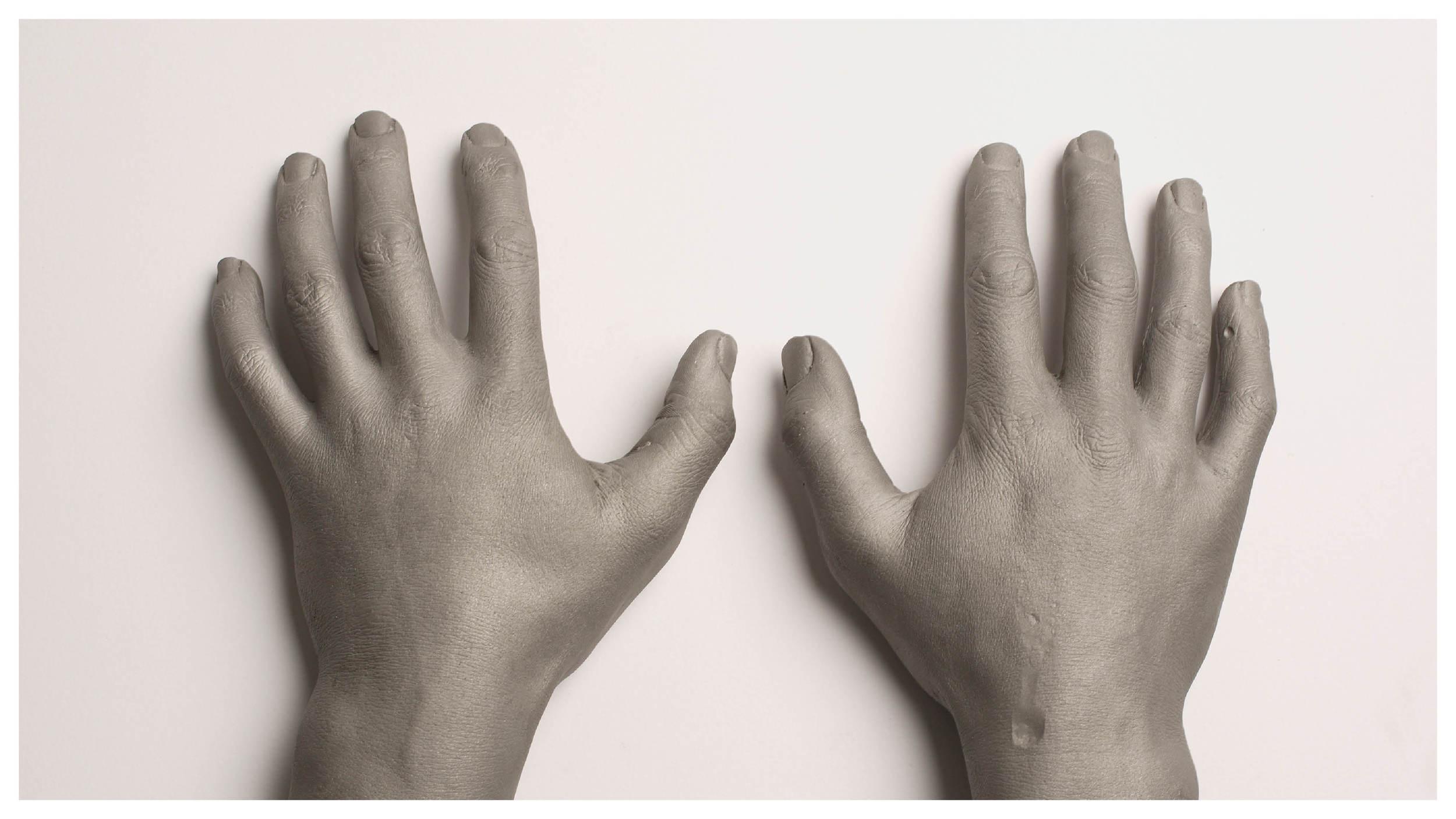 Hands_gallery18.jpg