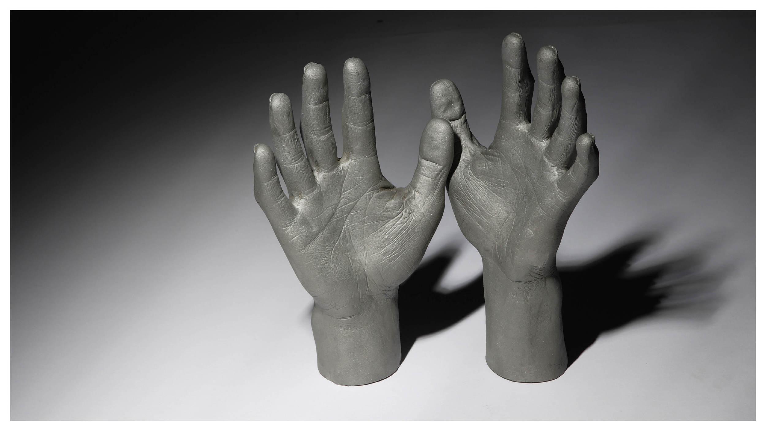 Hands_gallery21.jpg