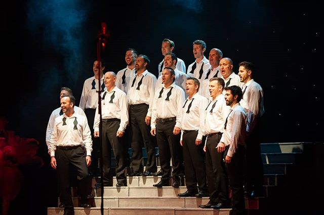 The incredible Celtic Male Ensemble! @haartsproductions #regalredruth #theatreincornwall #theatrephotography #entertainment #malechoir #lovecornwall