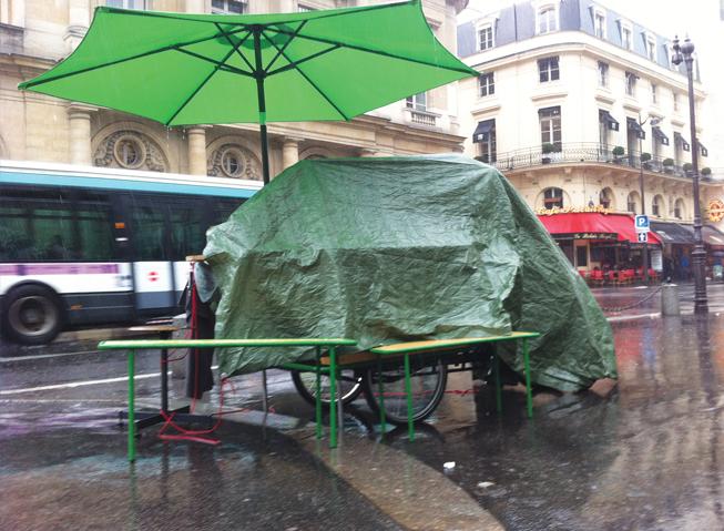 Paris parasit.jpg