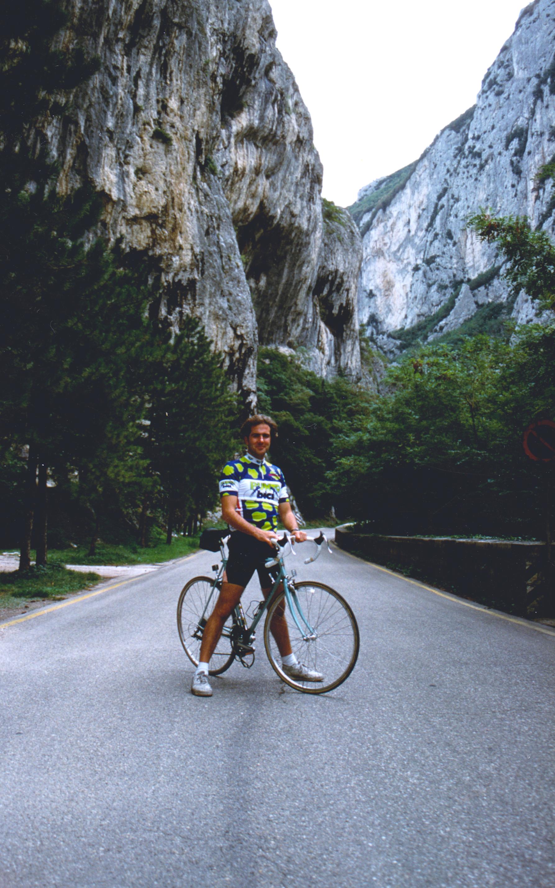 1993 near Genga, Italy