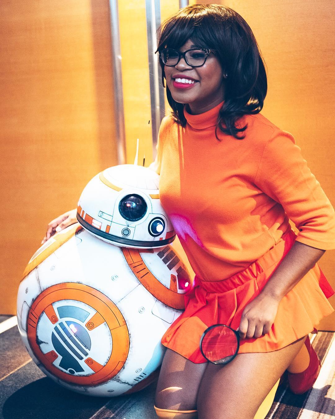 Jinkies!  Victory Cosplay  stunning as Velma