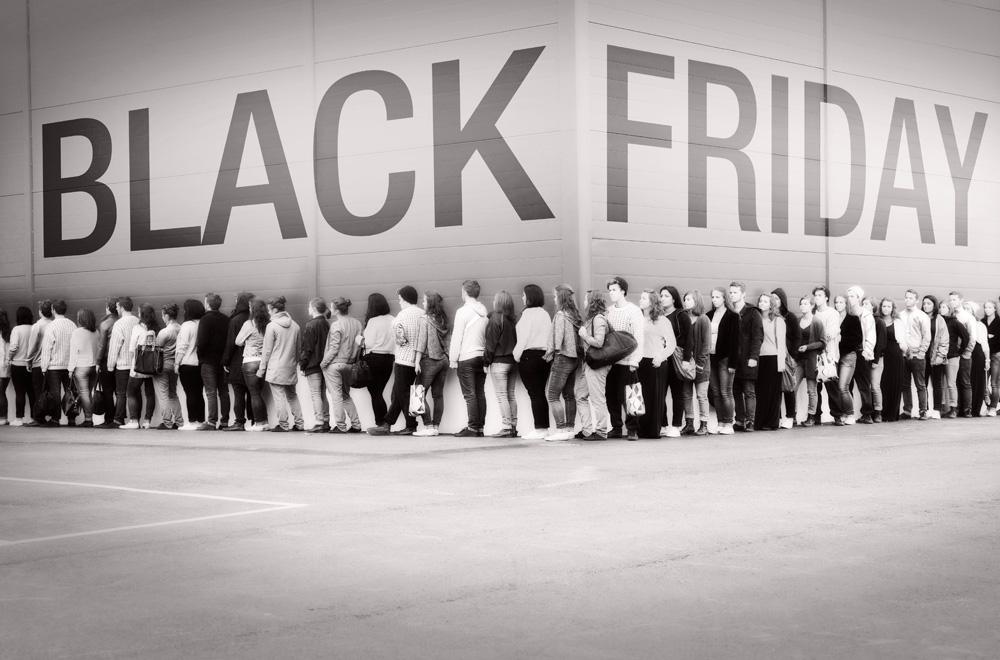 black-friday-2012-line.jpg