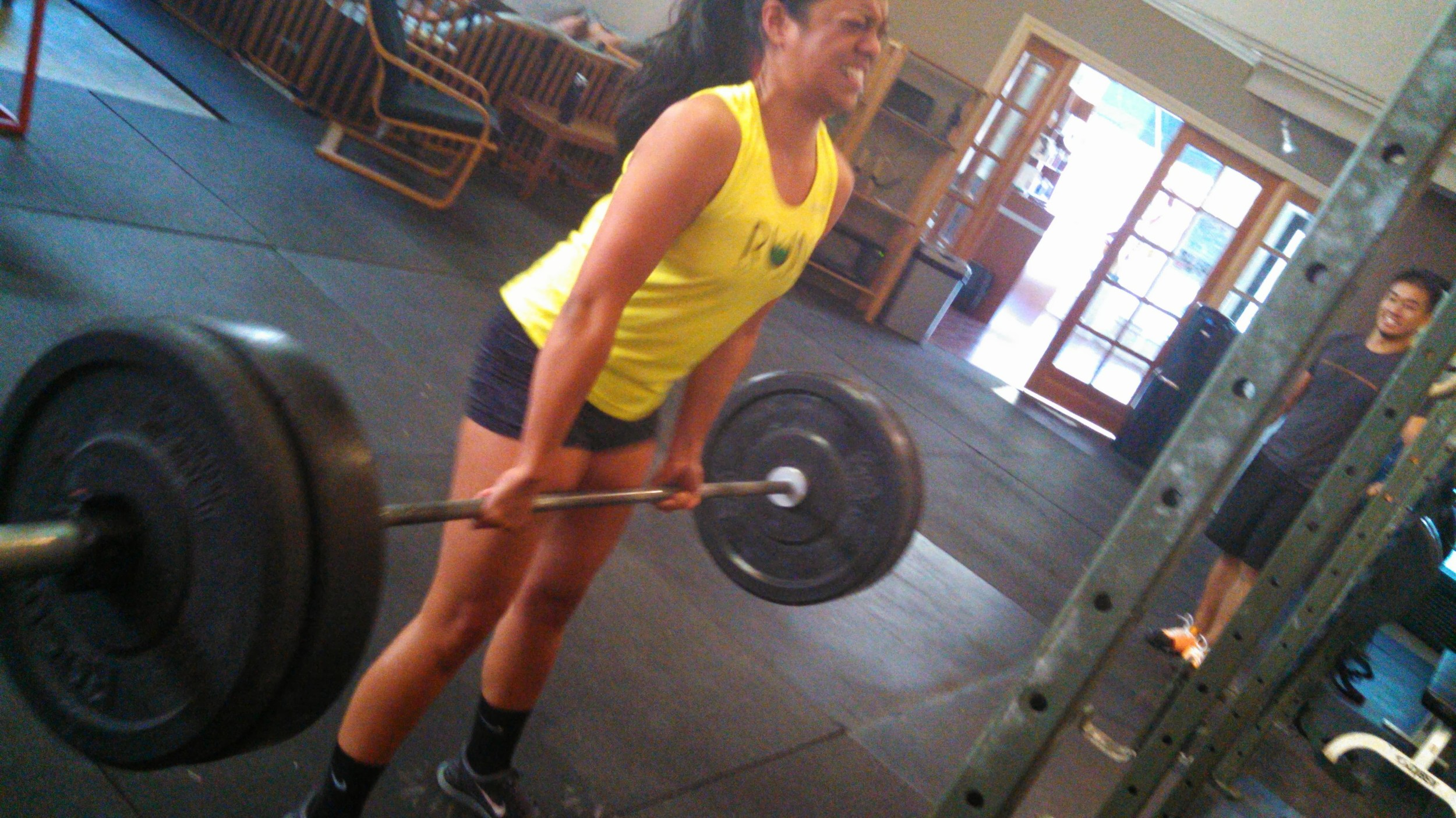 Cayla fights for that #180 deadlift lockout and gets it!