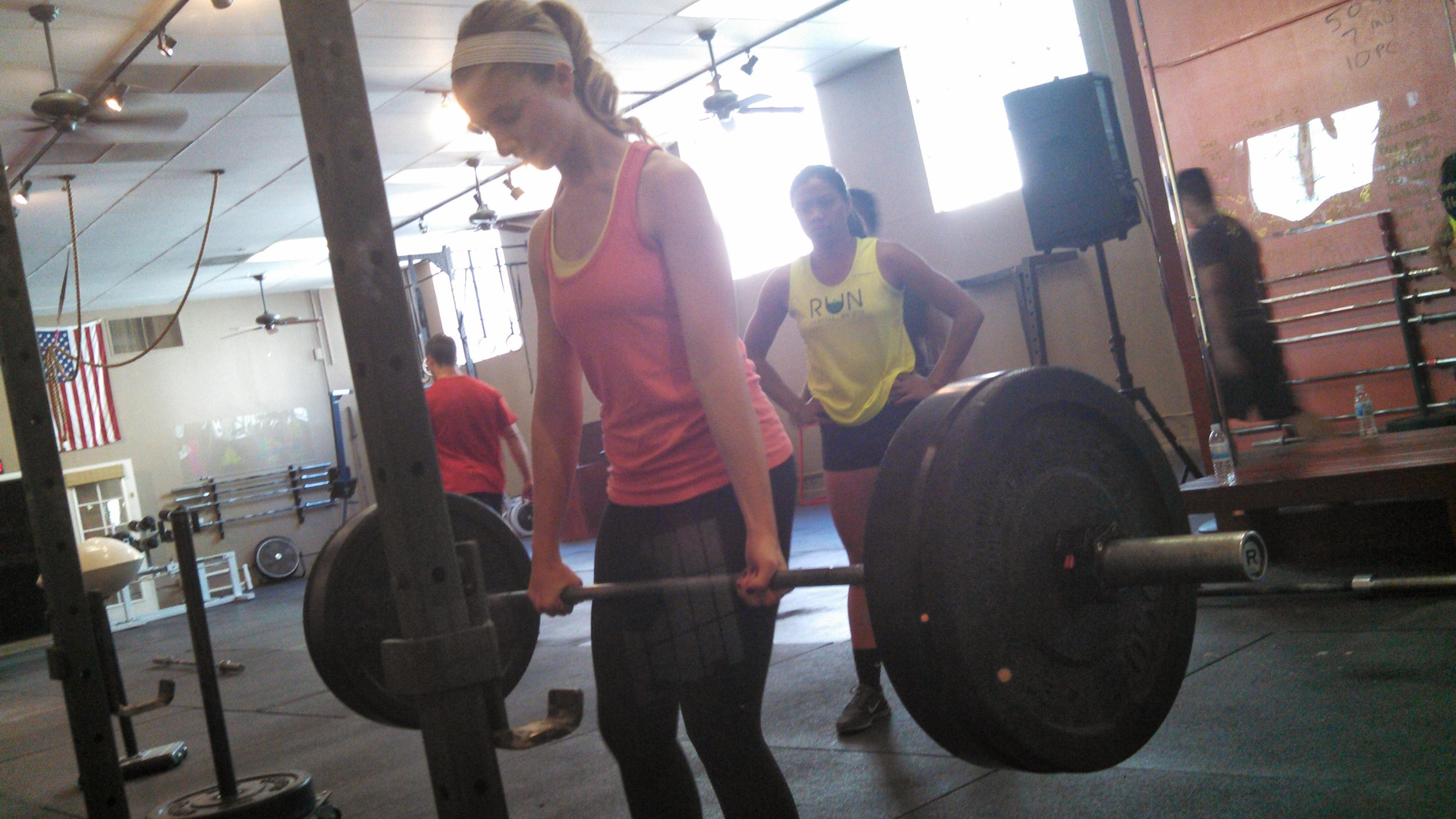Annalisa picking up heavy things!