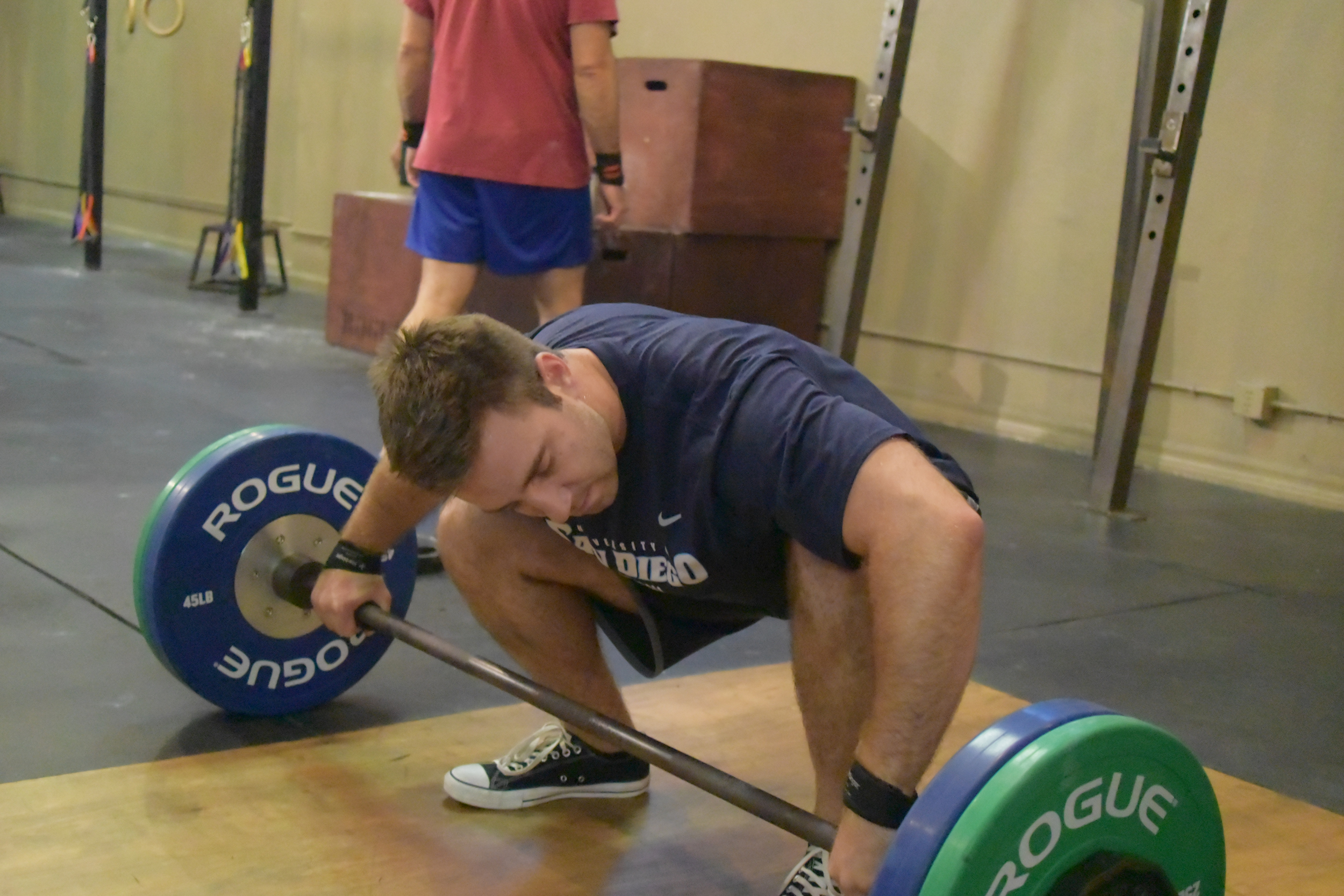 Kellan readies himself for a big snatch with a well rehearsed set up routine. Visualizing the whole movement he successfully hang snatches #205 with ease today.