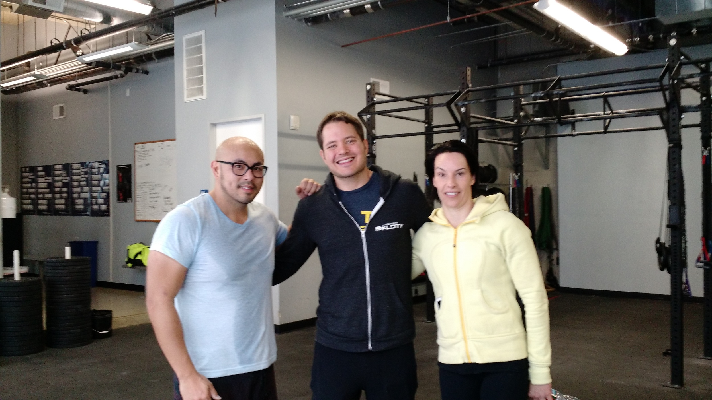 Andrew Manser and CrossFit SolCity welcomes CFSV with open arms! The Hollywood CrossFit community is bright and sunny. Thank you Andrew for letting Silicon Valley WOD in the SolCity!