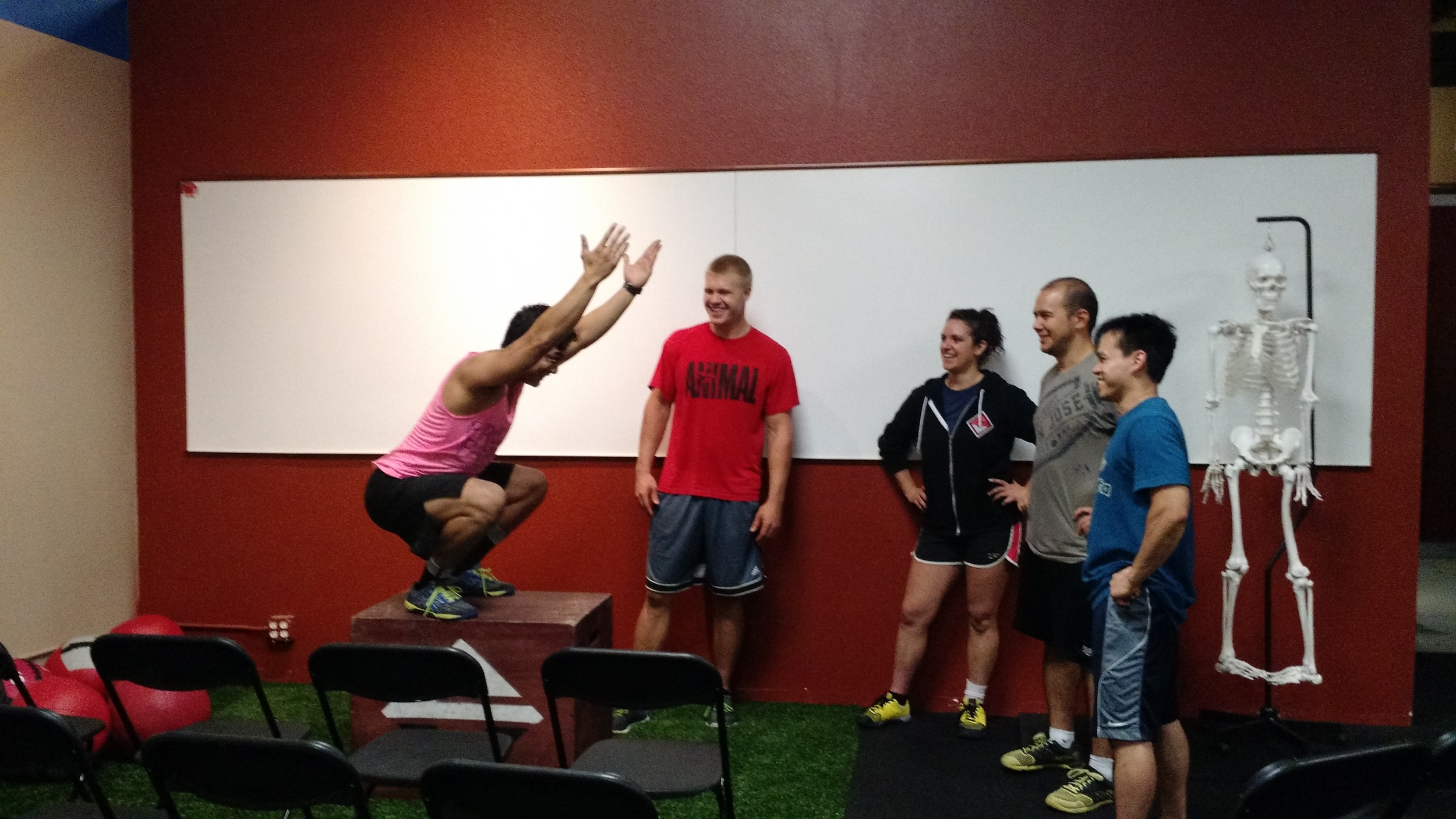 CJ, Vanessa, Dan, Yman and Craig assess Raymond's squat mechanics. (Craig lost some weight)