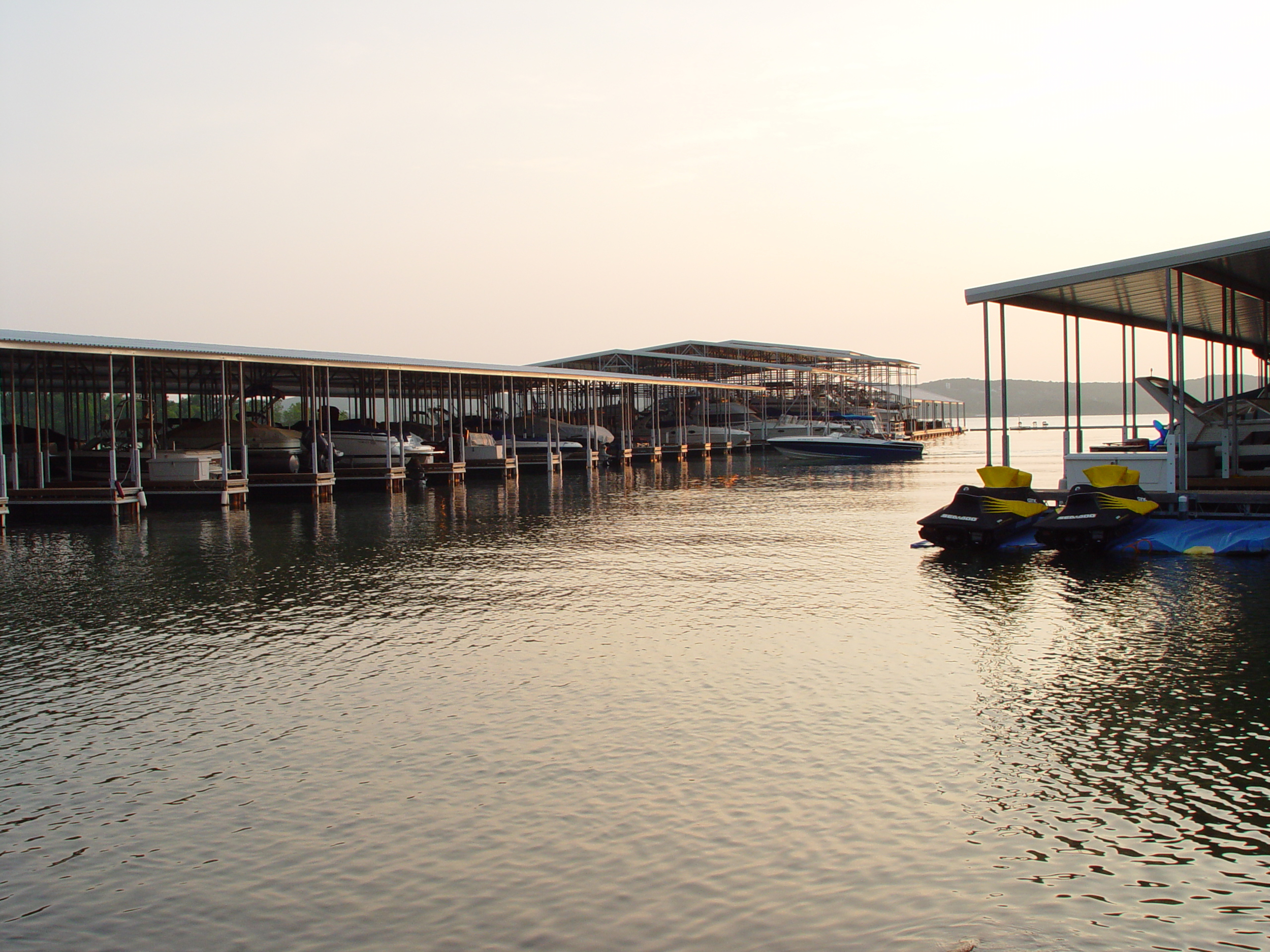 Just 10 minutes away, State Park Marina is the ideal choice for lake fun.