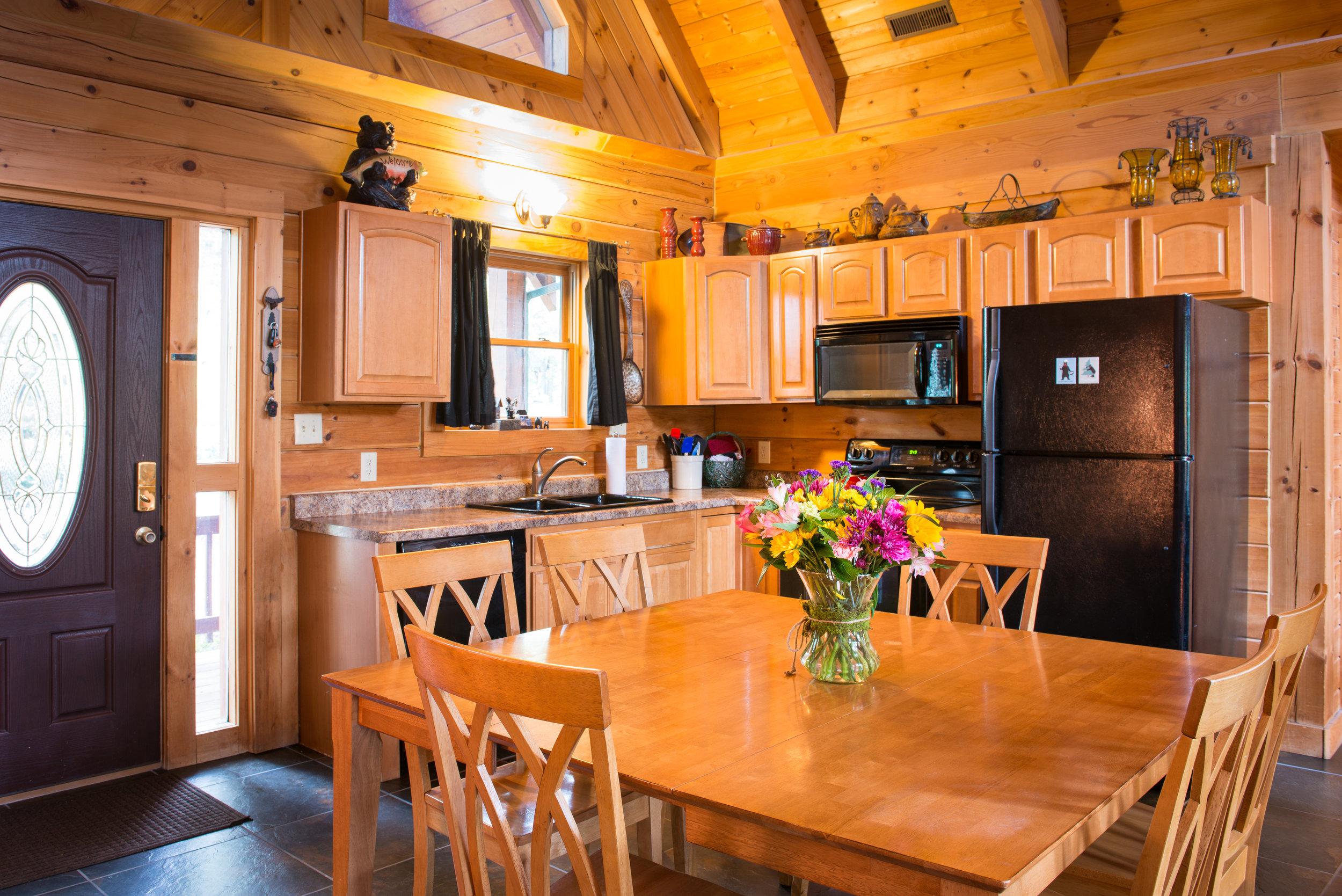Branson_Bear_Kitchen_Table.jpg