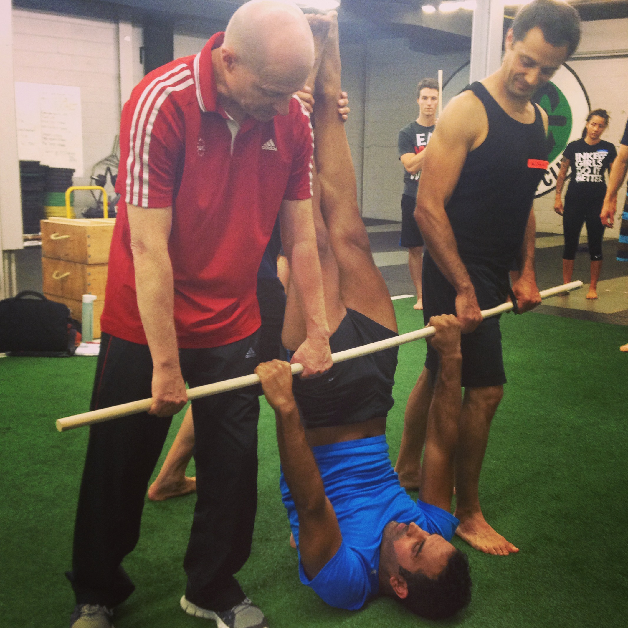 US Jr. National Coach Chris Sommer showing us some gymnastics front lever drills