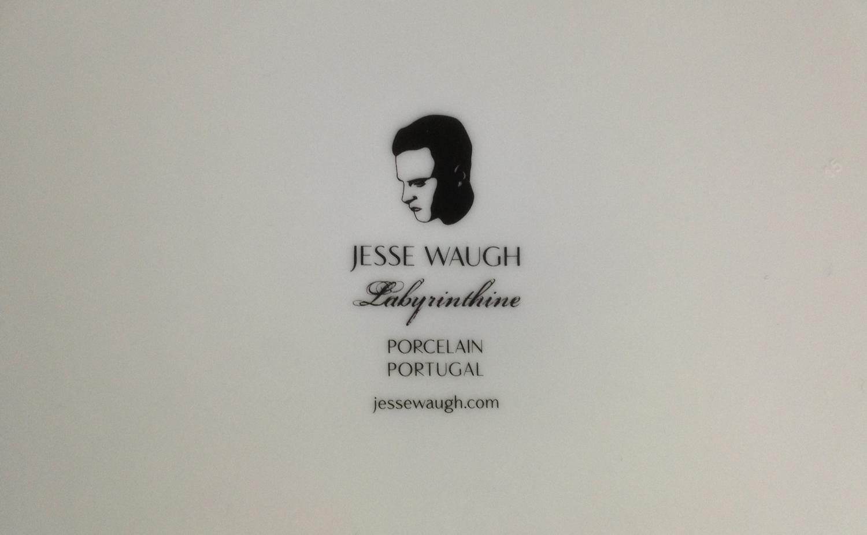 JESSE-WAUGH-Labyrinthine-Logo-Mark.jpg
