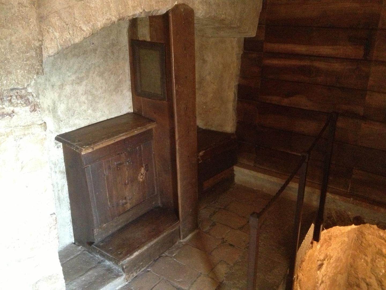 Eremo-delle-Carceri_Hermitage-Grotto-of-Saint-Francis-1.JPG