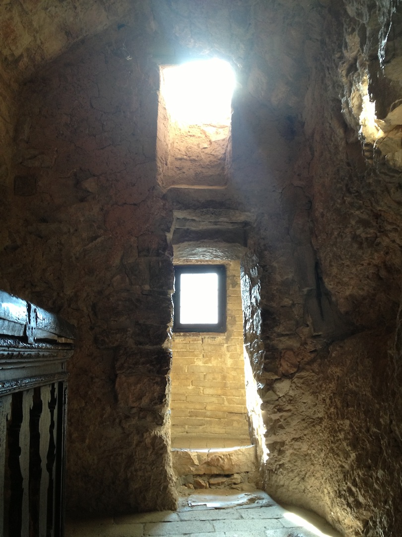Eremo-delle-Carceri_Hermitage-Grotto-of-Saint-Francis-5.JPG
