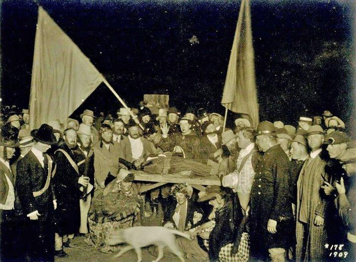 Cremation-of-Care-Bohemian-Grove-jessewaugh.com-1.jpg