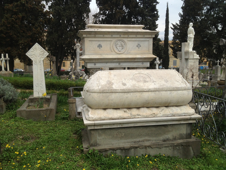 Pre-Rafaelite-Tomb-English-Cemetery-Florence-Hunt-jessewaugh.com-8.jpg