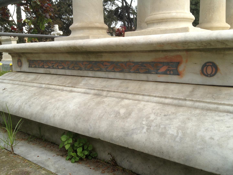 Pre-Rafaelite-Tomb-English-Cemetery-Florence-Hunt-jessewaugh.com-23.jpg