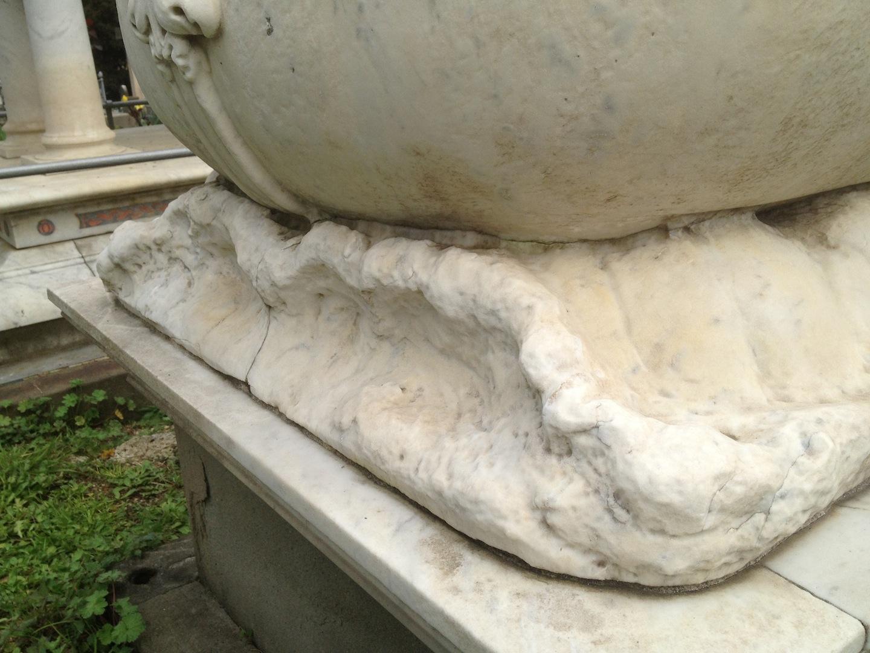 Pre-Rafaelite-Tomb-English-Cemetery-Florence-Hunt-jessewaugh.com-30.jpg
