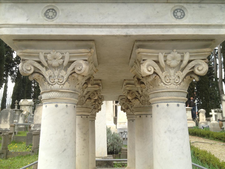 Pre-Rafaelite-Tomb-English-Cemetery-Florence-Hunt-jessewaugh.com-37.jpg