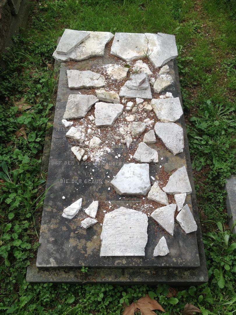 Holman-Hunt-Florence-Fanny-Waugh-Tomb-Pre-Rafaelite-jessewaugh.com-14.jpg