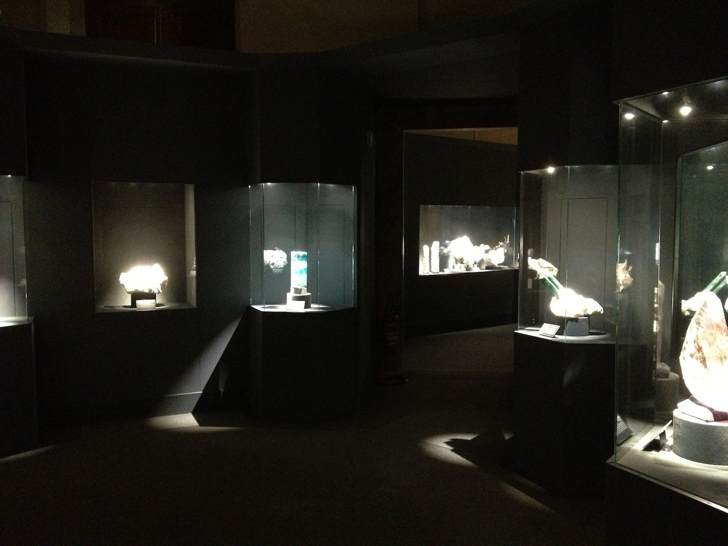 Crystal-Exhibition-La-Specola-Florence-Italy-jessewaugh.com-184.jpg