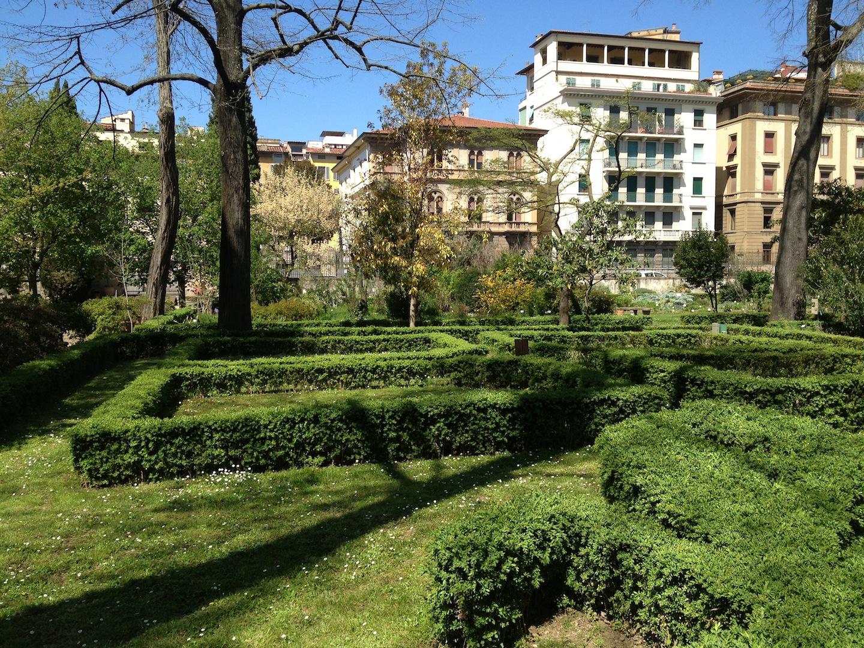 Worlds-Oldest-Botanical-Garden-Firenze-Florence-Italy-jessewaugh.com-44.jpg