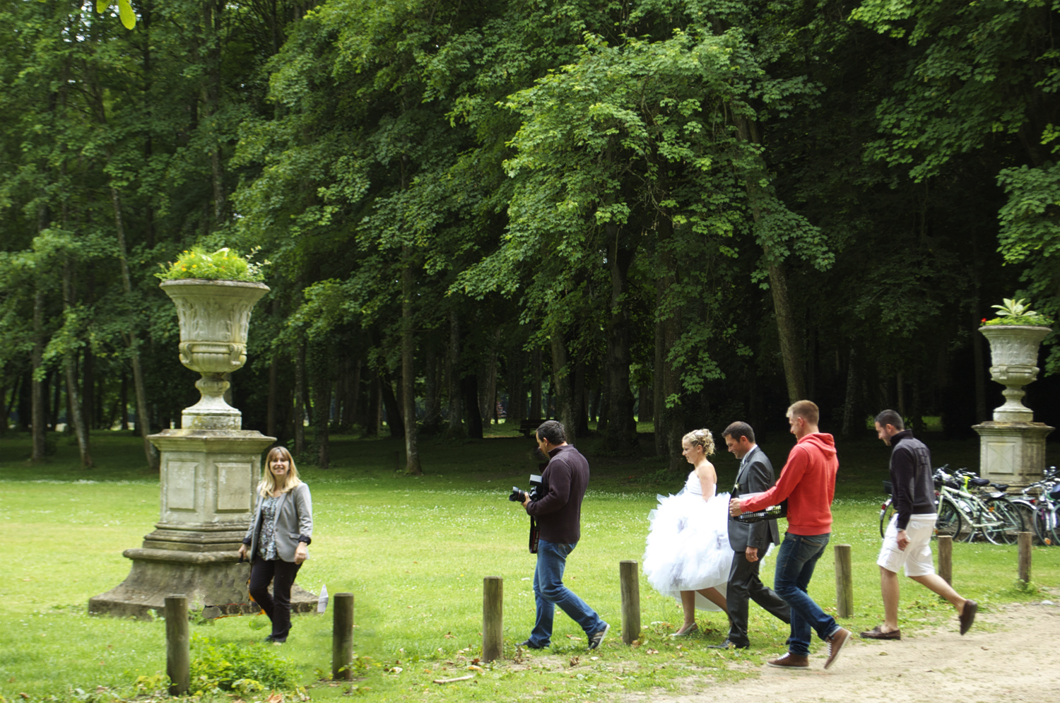 The château grounds offer attractive photographic opportunities
