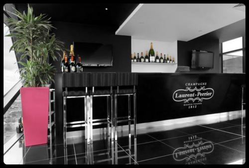 Laurent Pierre Champagne Lounge