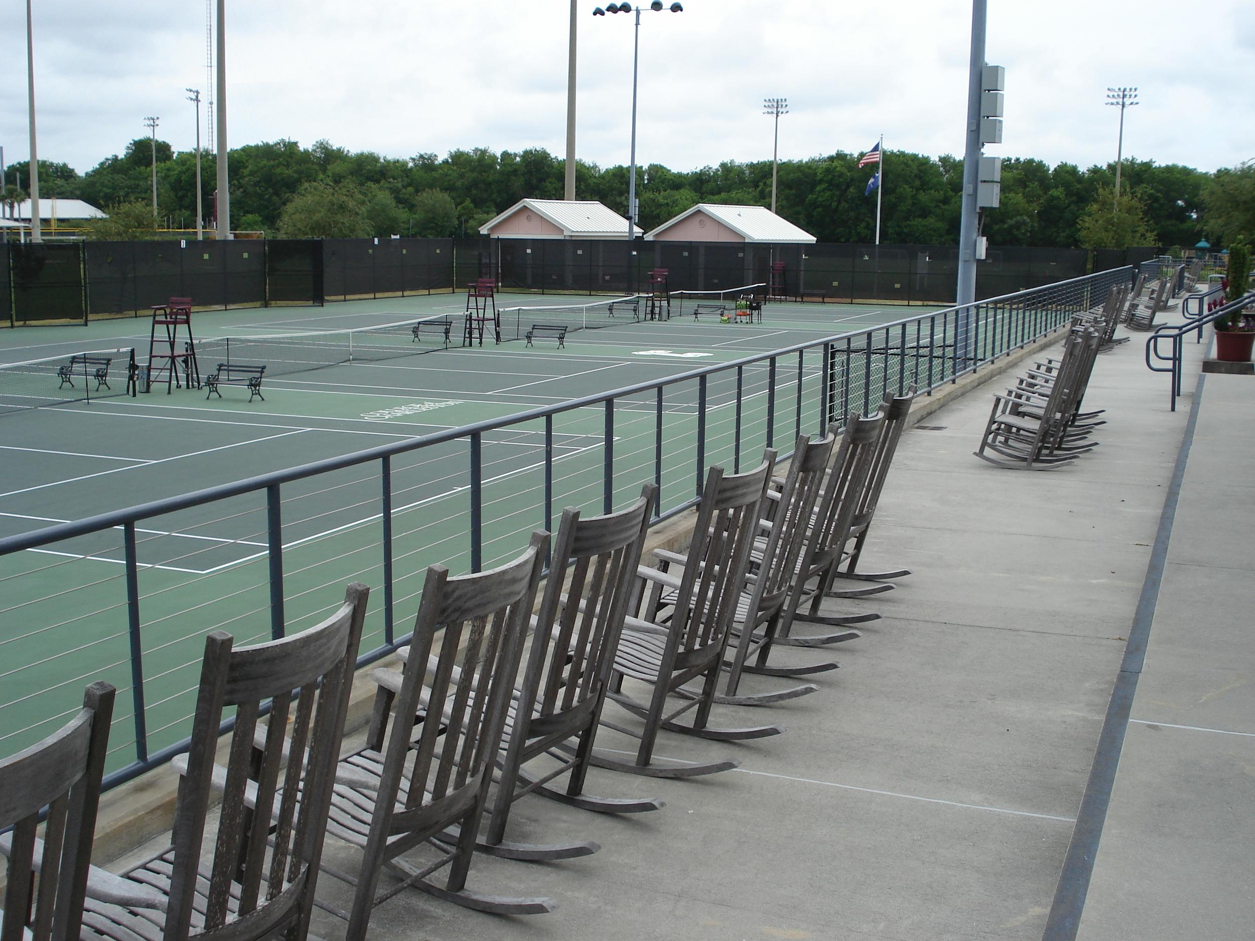 cofc tennis 02.jpg