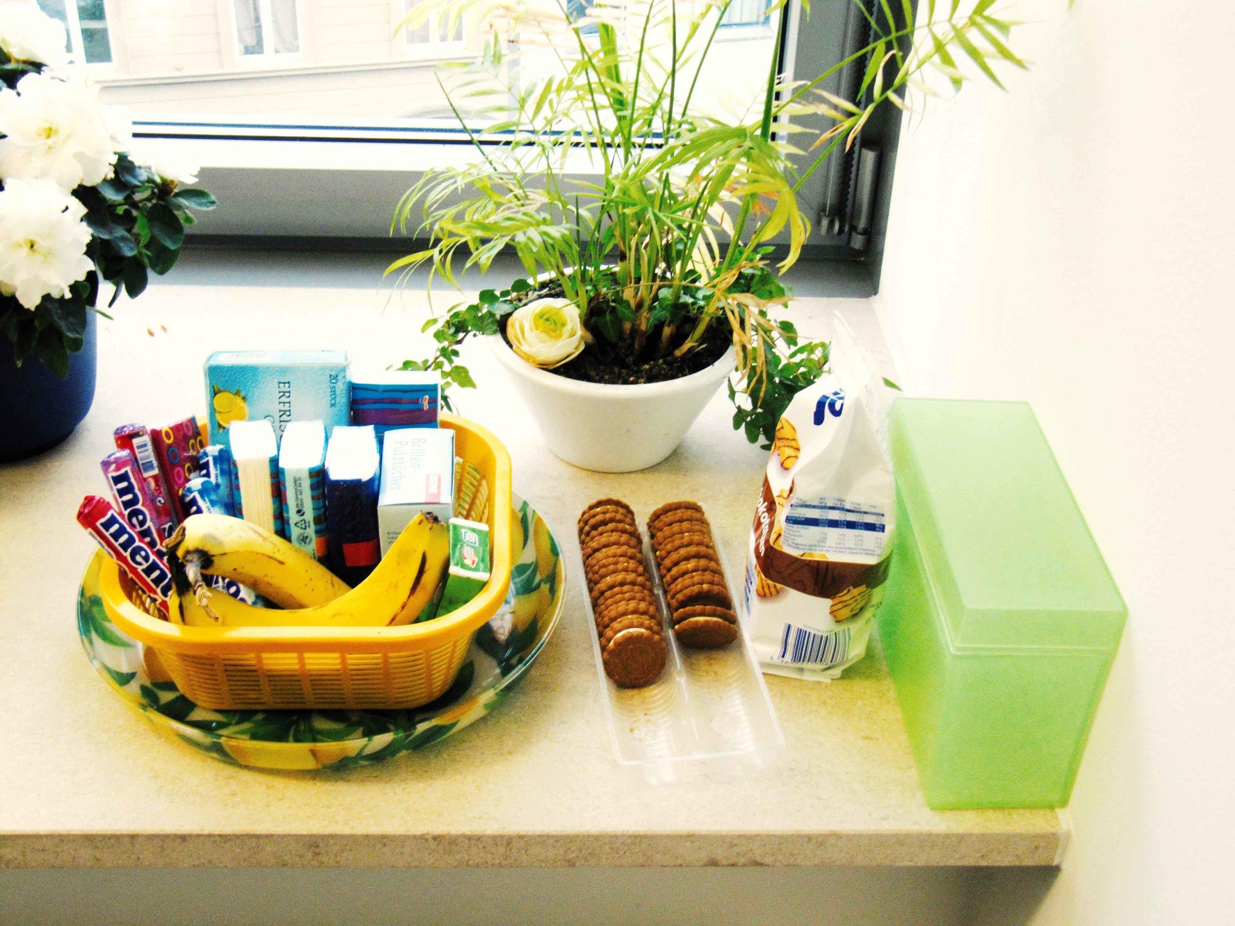 sp_koeln_banks_female_food.jpg