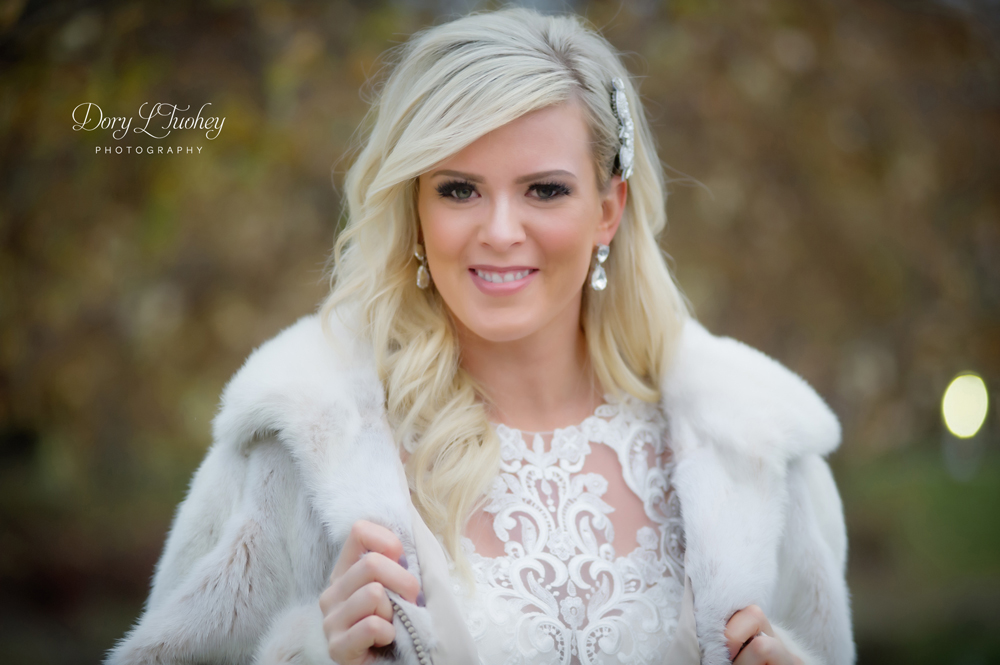 Westin_north_shore_wedding_IL_Photographer_Dory_fall_bride_05.jpg