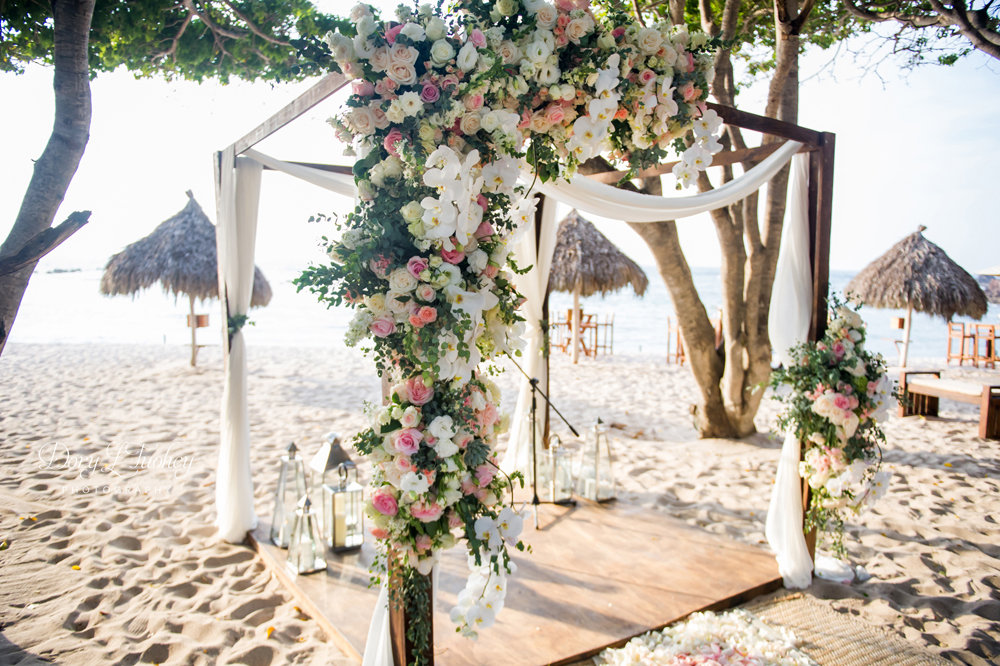 Punta_mita_mexico_luxury_wedding_destination_resort_beach_Dory_four_seasons_vera_wang_01-19-1.jpg