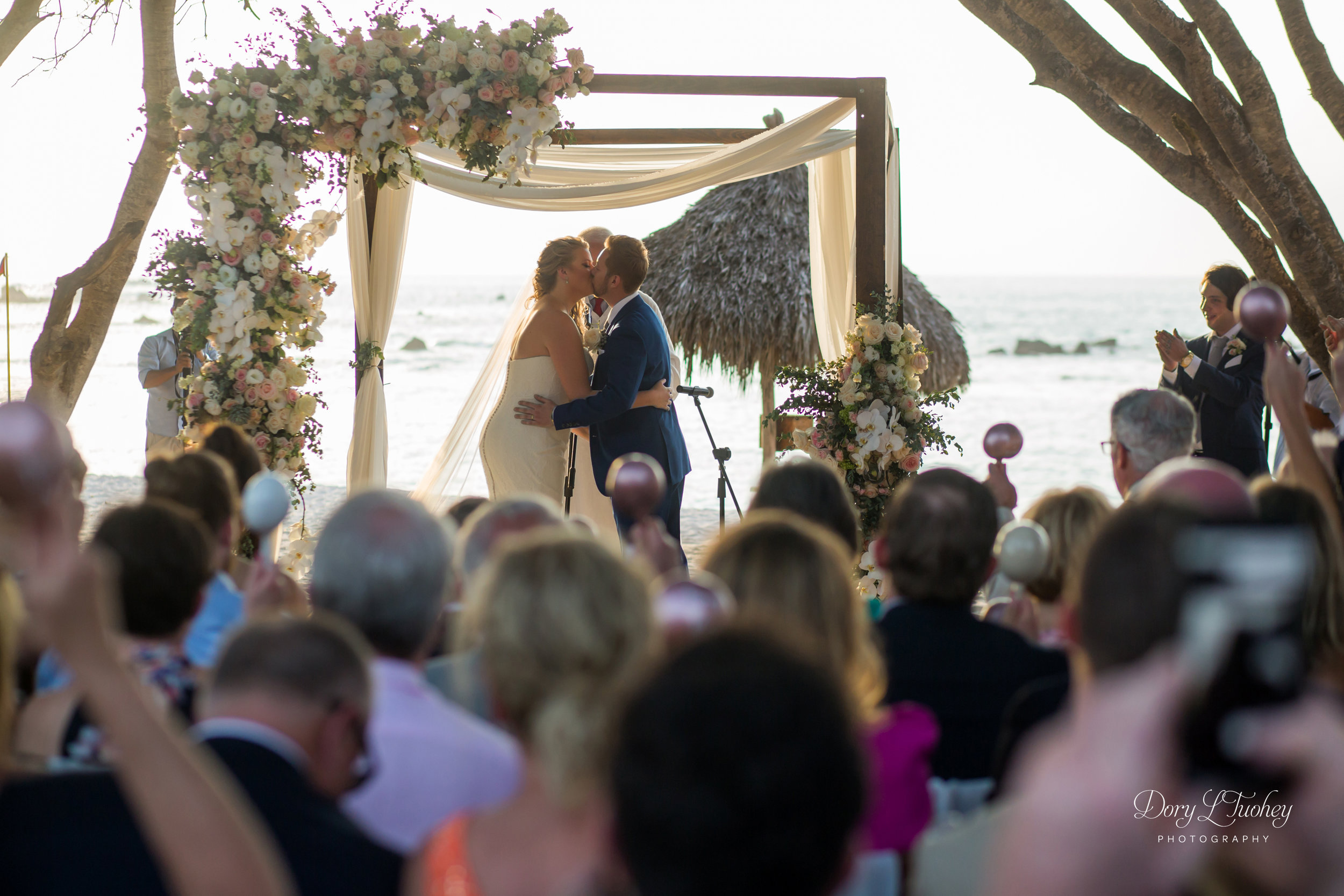 Mexico_punta_mita_four_seasons_wedding_dory_beach_03.jpg