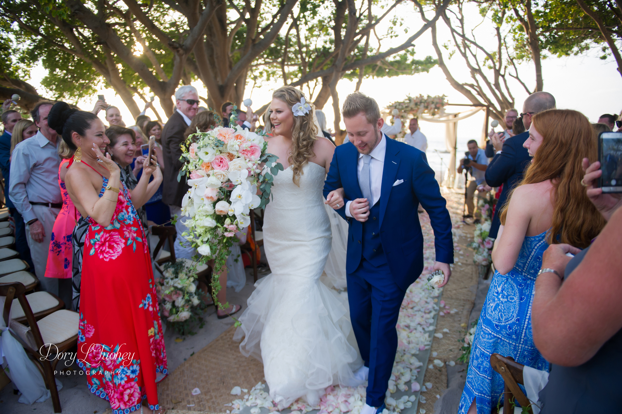Mexico_punta_mita_four_seasons_wedding_dory_beach_04.jpg