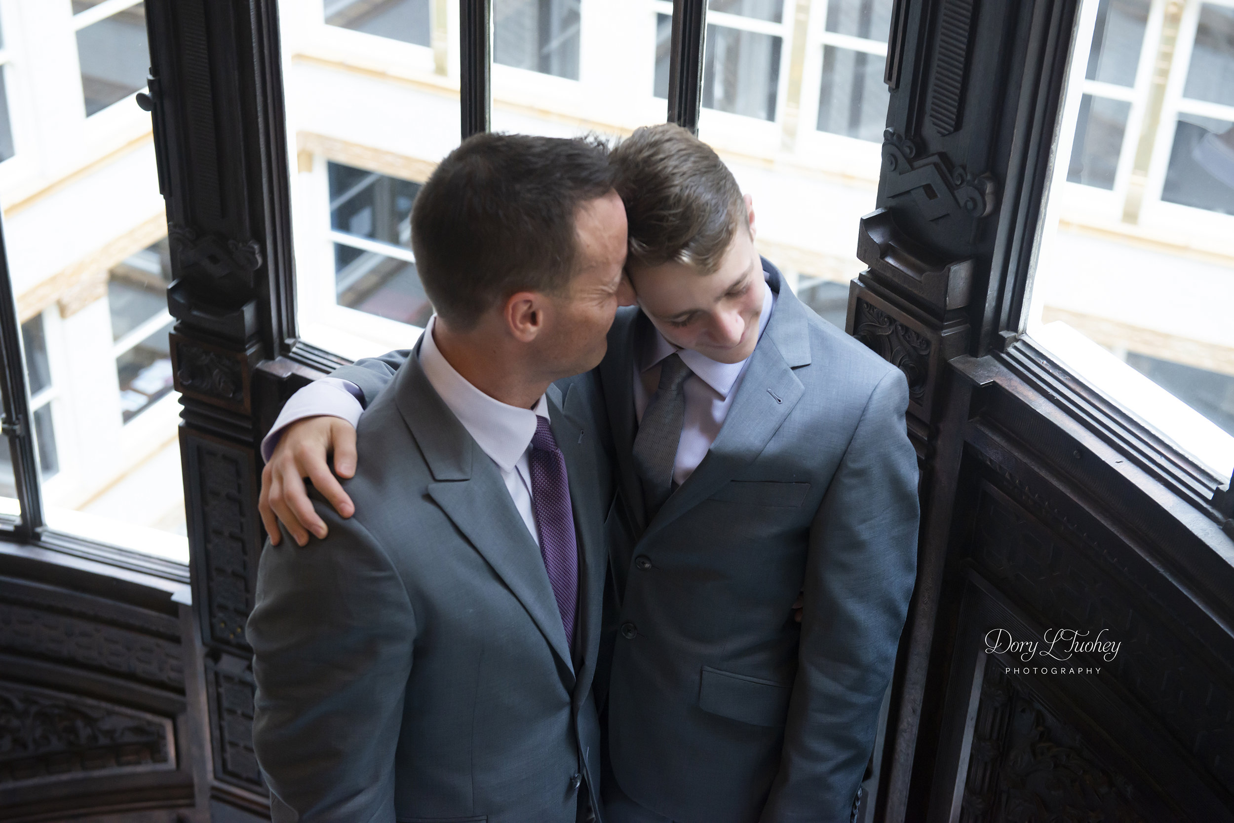 Rookery_chicago_dory_photographer_wedding_stairs_bhldn_love_dawson_05.jpg