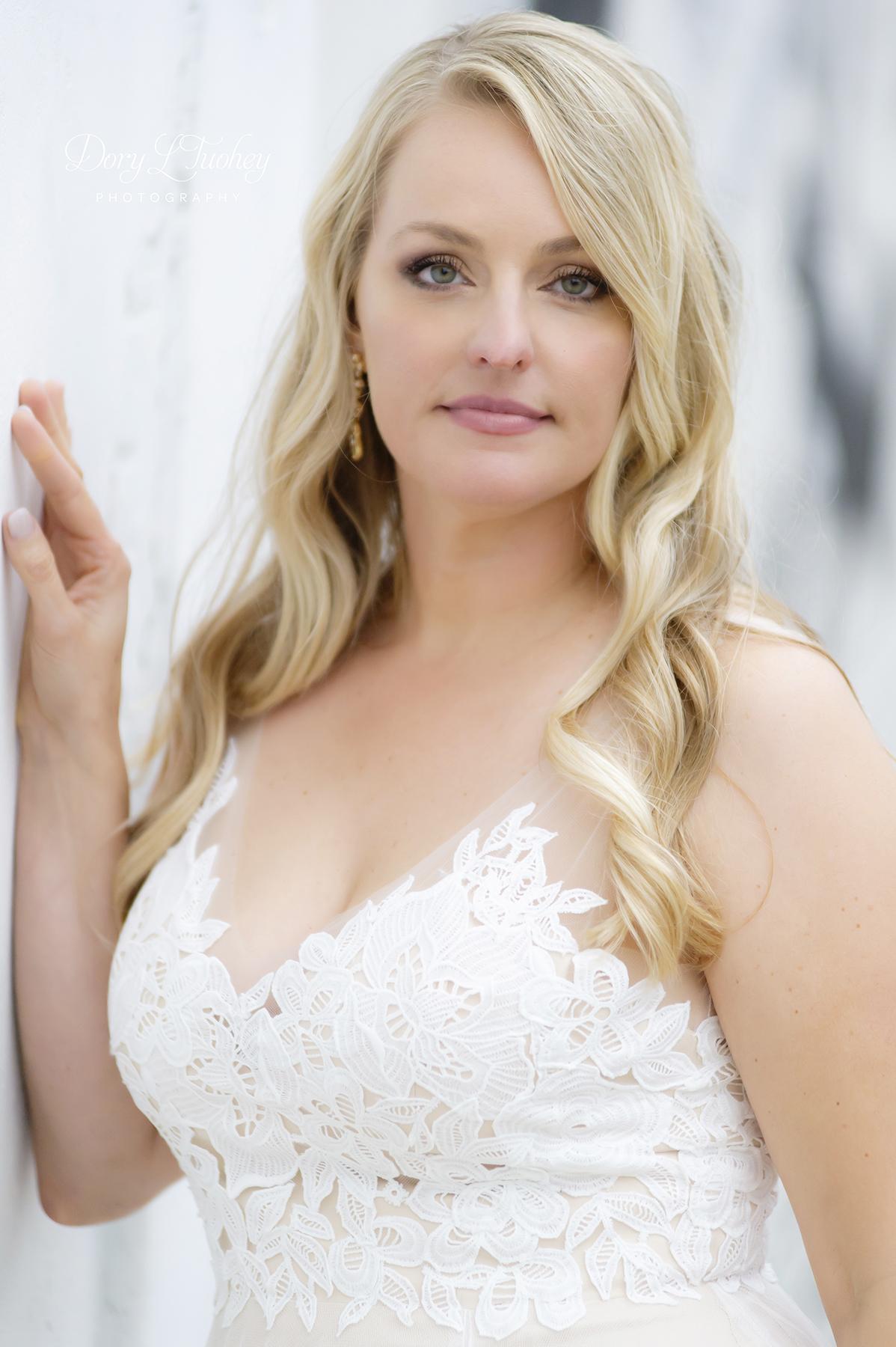 Rookery_chicago_dory_photographer_wedding_stairs_bhldn_love_dawson_11.jpg