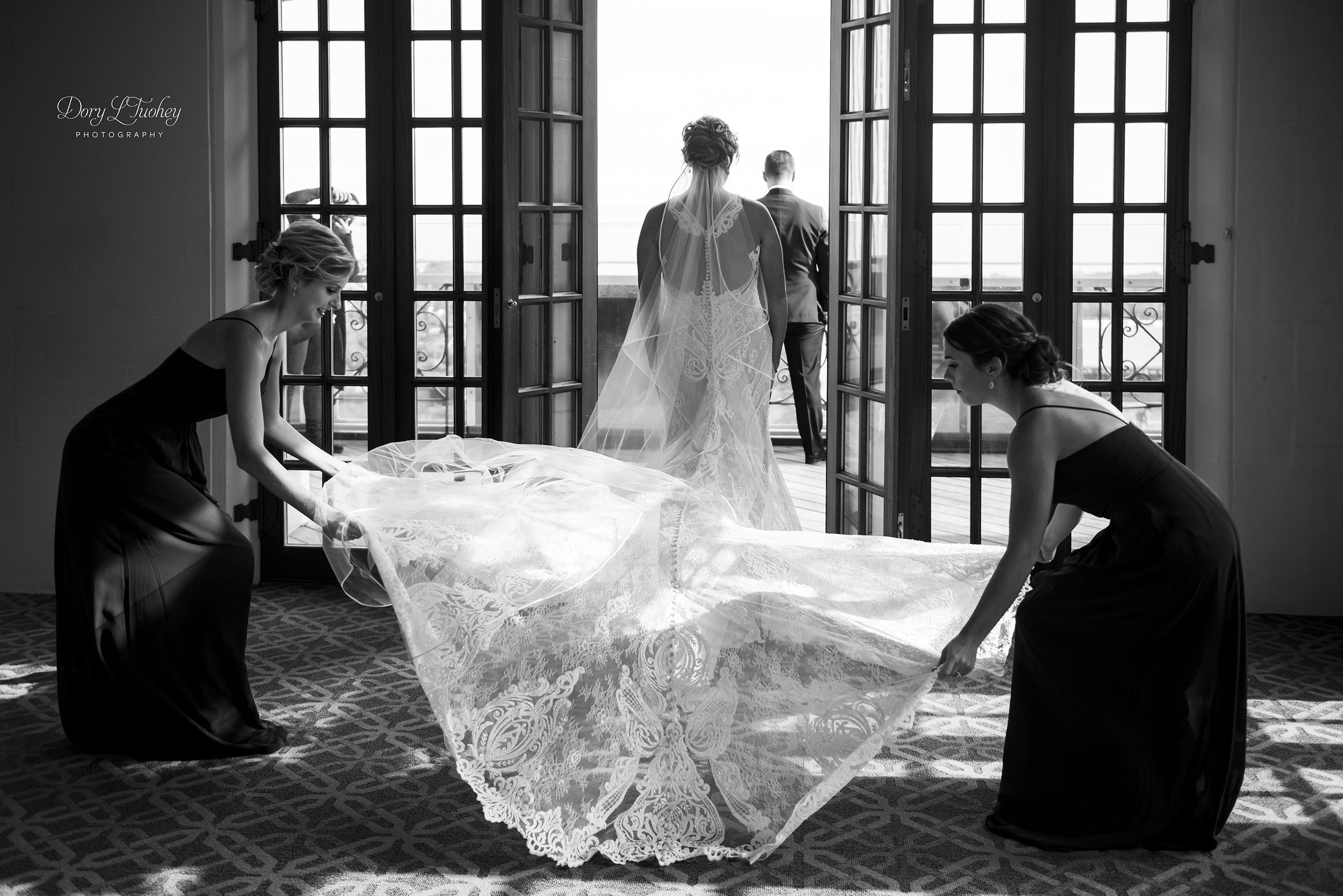 Chicago_wedding_dory_university_club_JW_marriott_bride_groom_KY_11.jpg