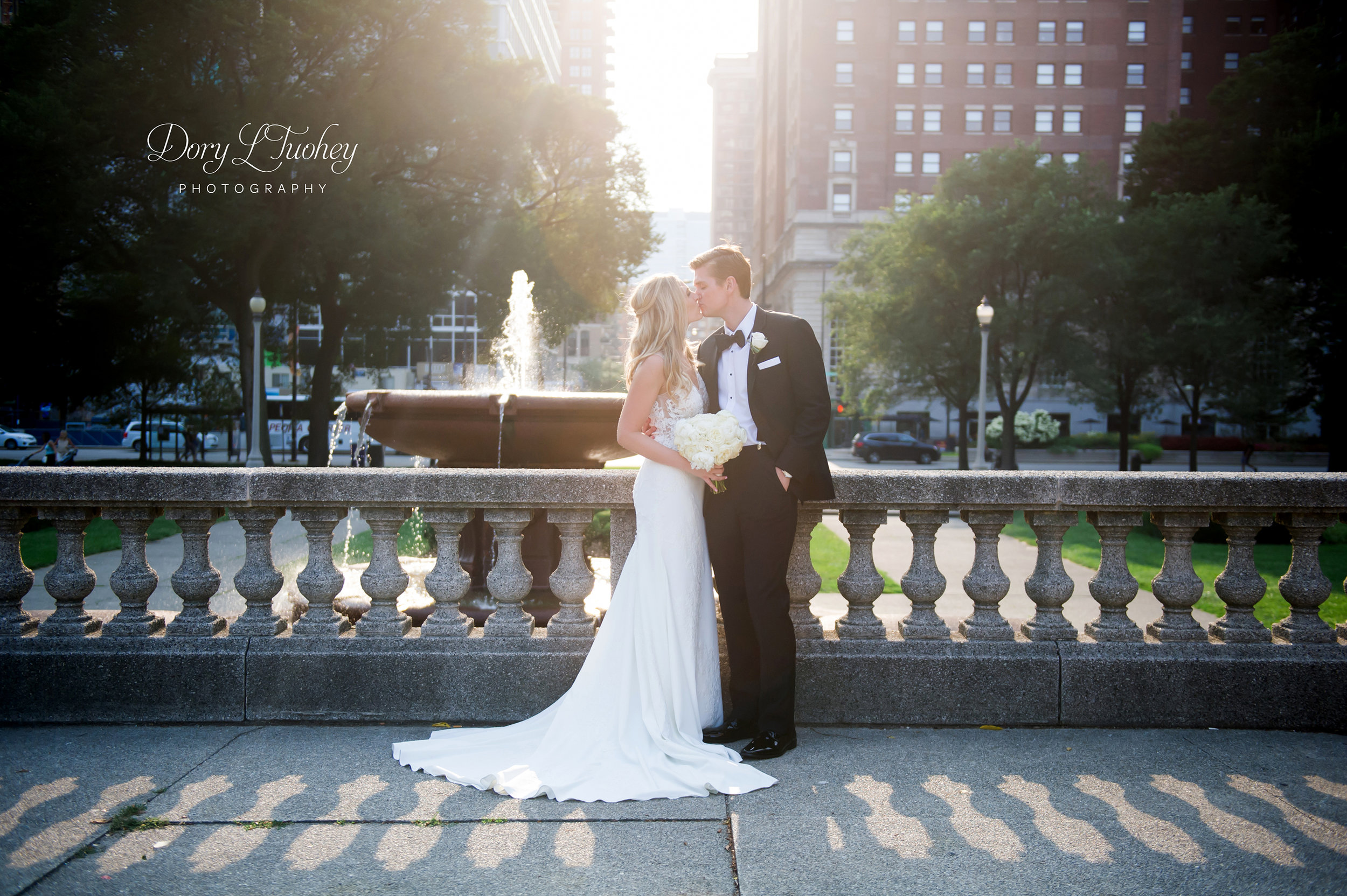 Chicago_michigan_ave_wedding_dory_bride_love_north_shore_city_cultural_center_19.jpg