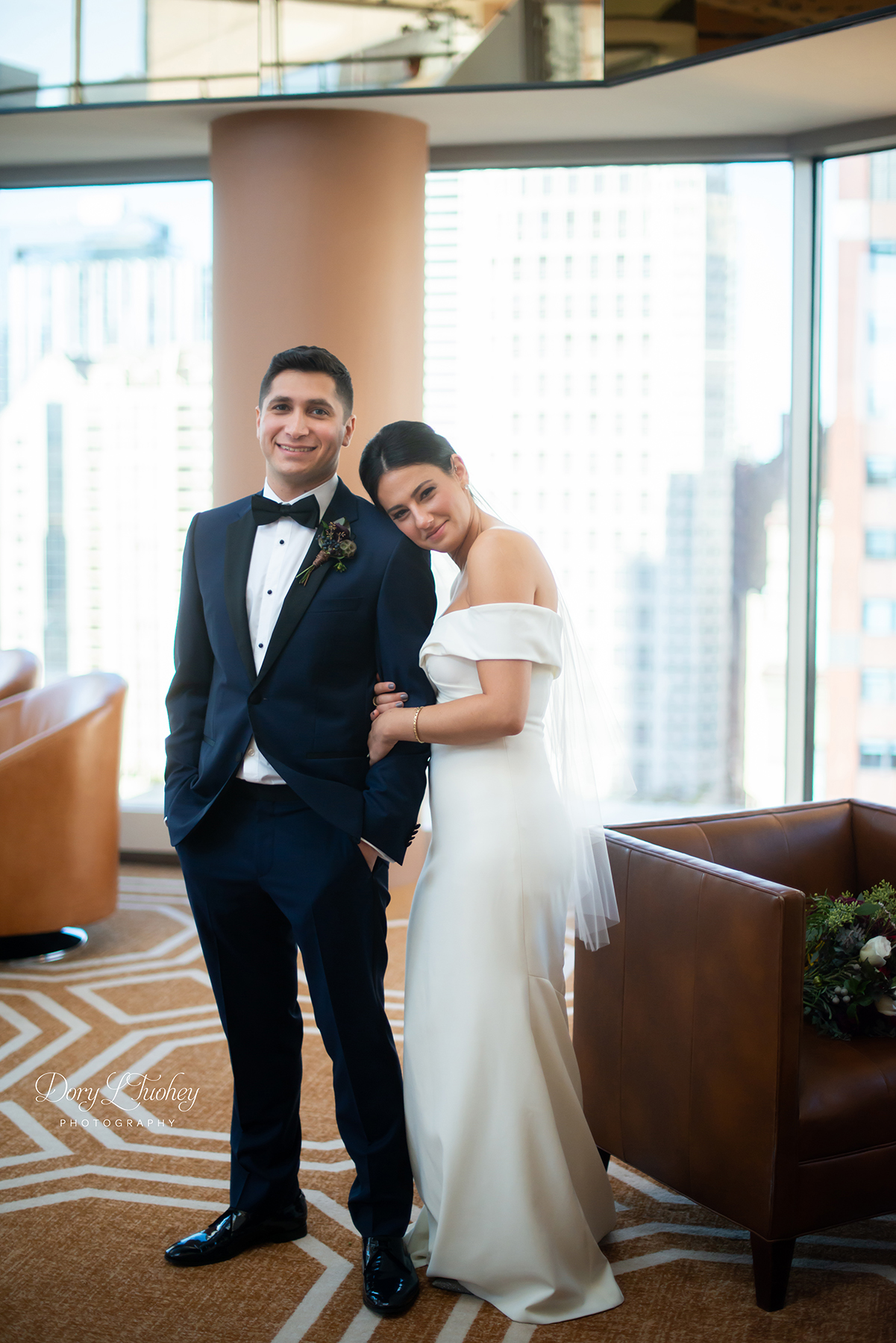 Dory_chicago_wedding_navy_pier_boat_cruise_skyline_sunset_jewish_bride_groom_12.jpg