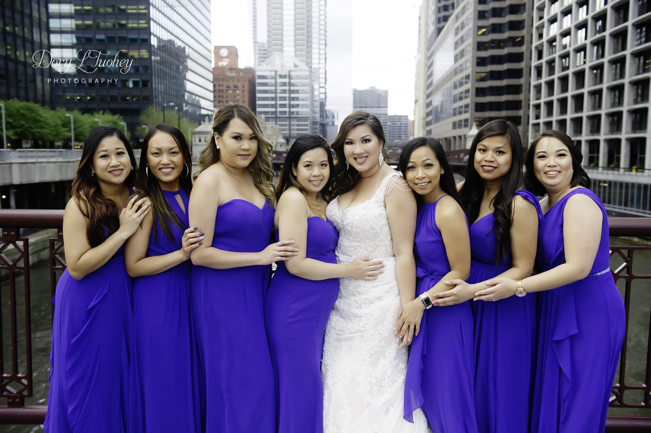 Chicago_wedding_photographer_bride_union_station_laos_thai_dory_08.jpg