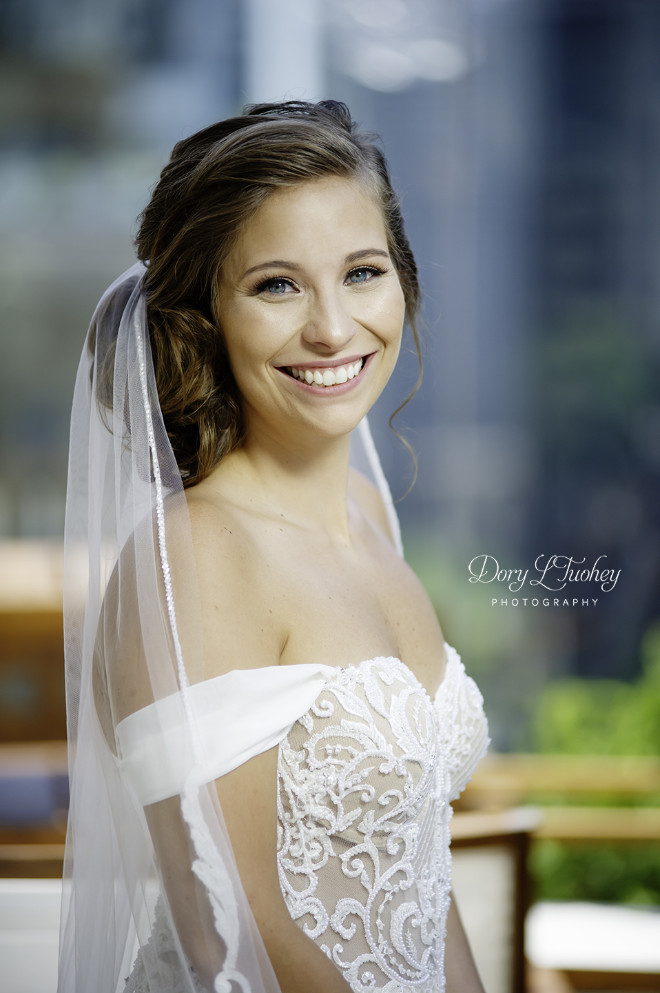 Wedding_chicago_bride_groom_photographer_wisconsin_gren_bay_wit_loyola_08.jpg