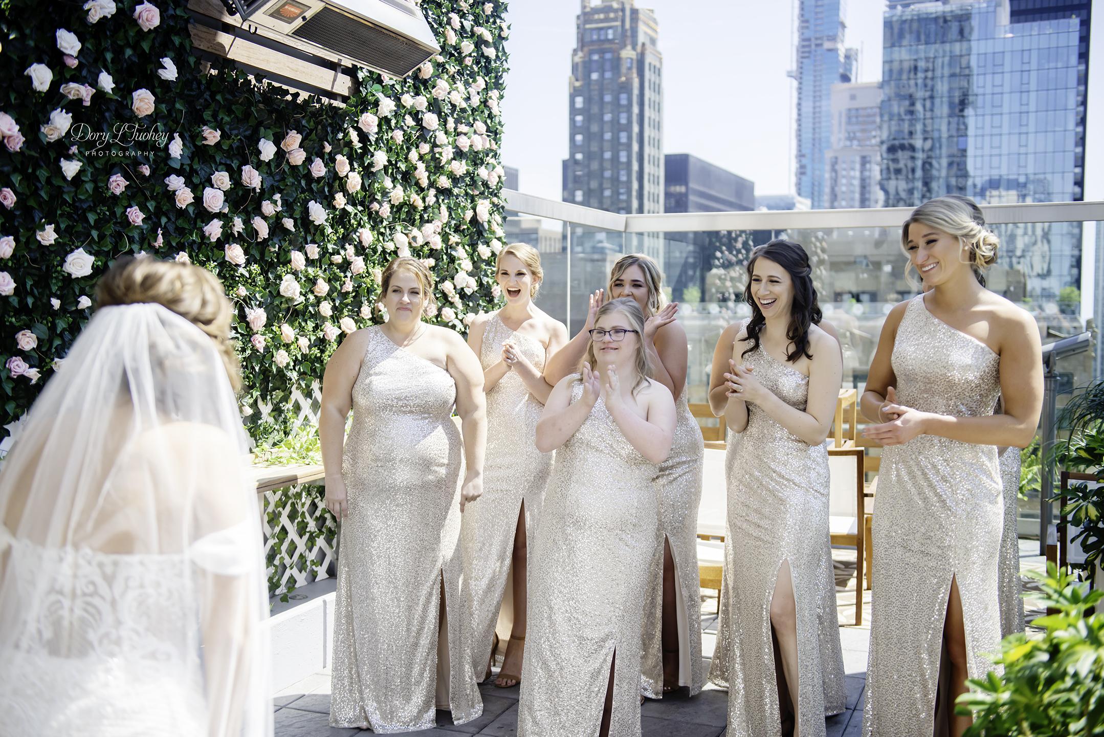 Wedding_chicago_bride_groom_photographer_wisconsin_gren_bay_wit_loyola_10.jpg