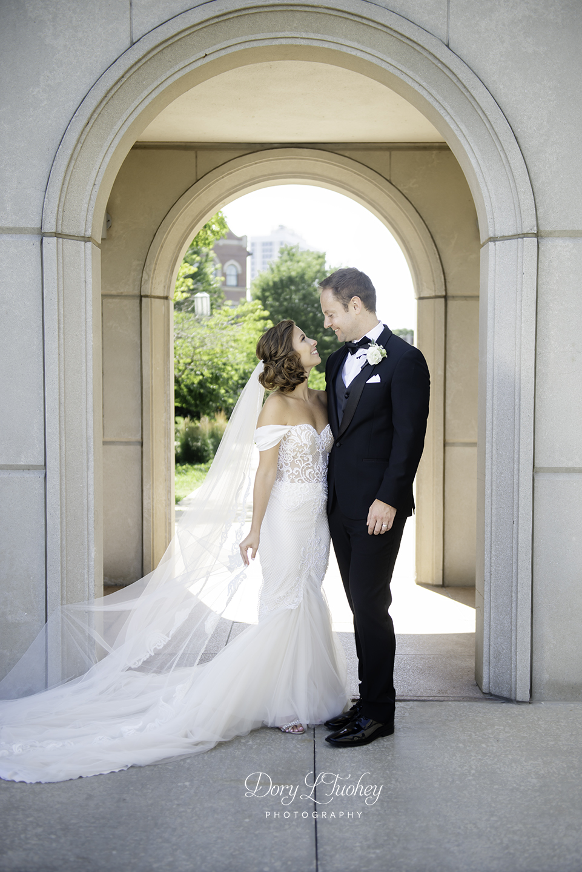 Wedding_chicago_bride_groom_photographer_wisconsin_gren_bay_wit_loyola_13.jpg