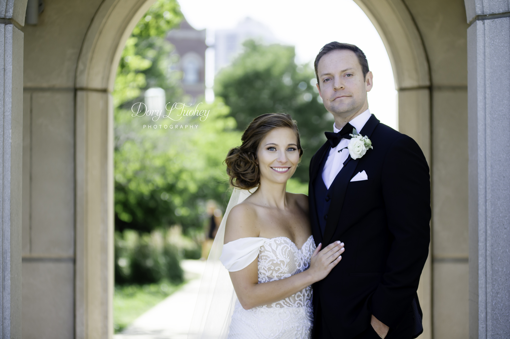 Wedding_chicago_bride_groom_photographer_wisconsin_gren_bay_wit_loyola_14.jpg