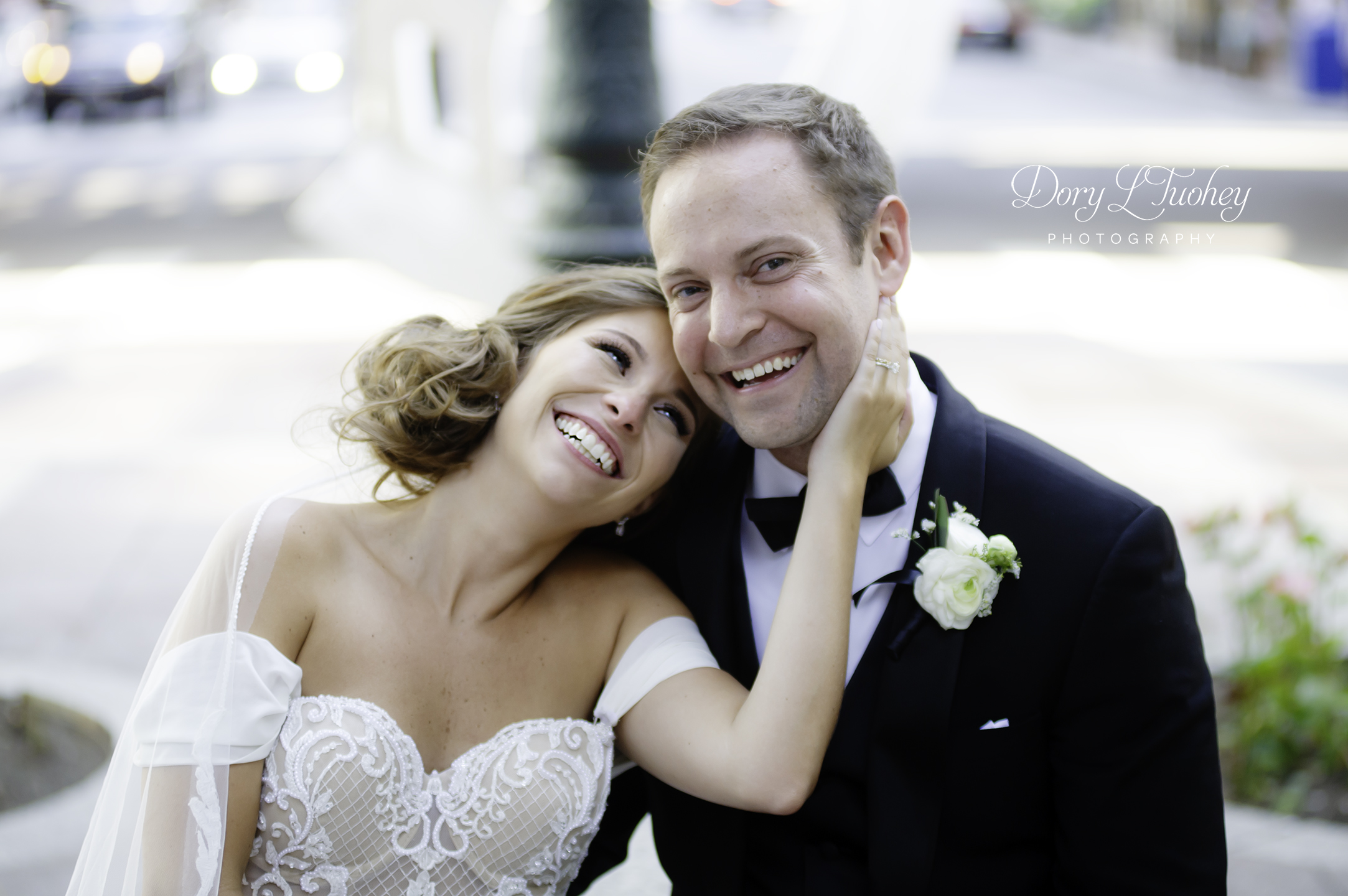 Wedding_chicago_bride_groom_photographer_wisconsin_gren_bay_wit_loyola_16.jpg