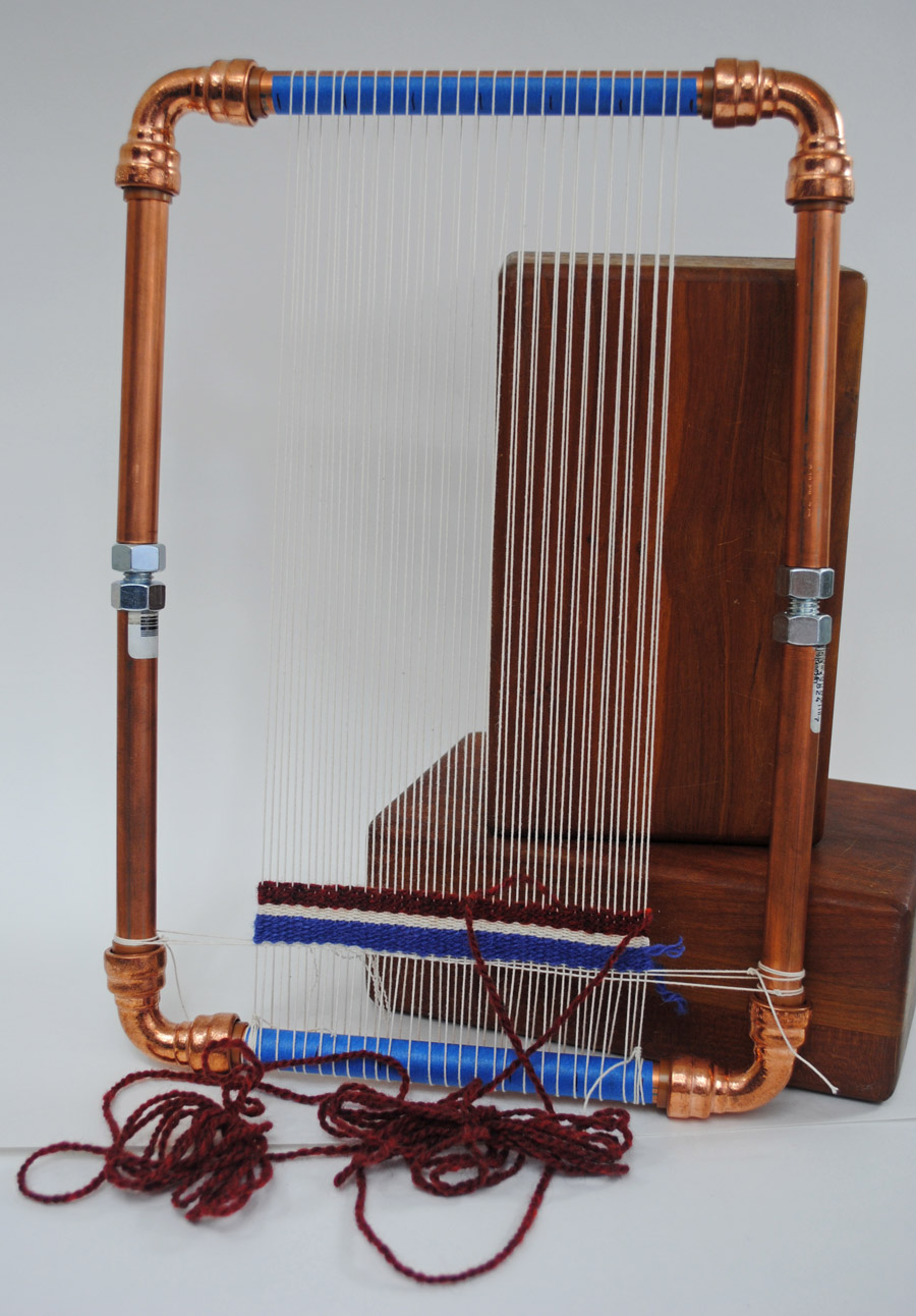 Copper pipe loom with push-on corners. FAIL.